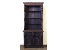 Antik faunfejes faragott fekete szekrény 7d08ee1830